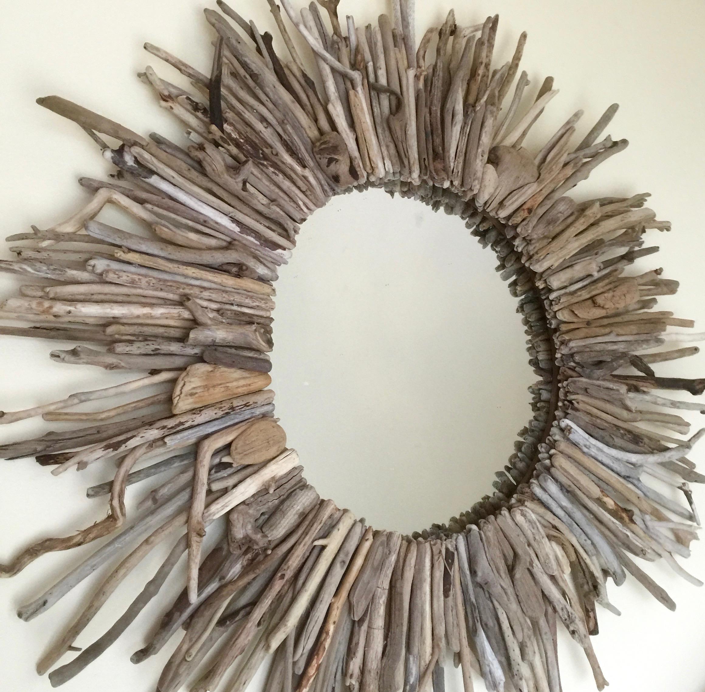 DIY Driftwood Starburst Mirror